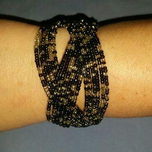 beaded expandable bracelet